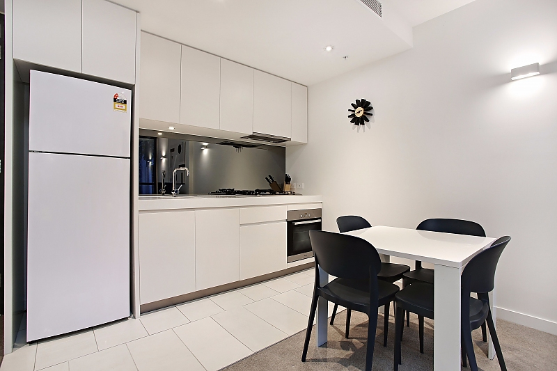911-108-Flinders-1-bedrooms-accomodation-Melbourne-CBD
