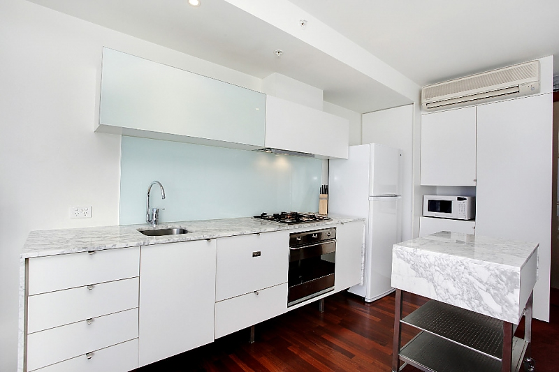 19-Mondriane-1-bedrooms-accomodation-Melbourne-CBD