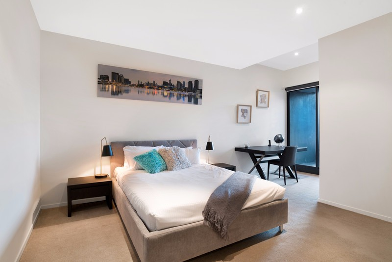 1020-Eureka-Towers-3-bedrooms-accomodation-Southbank