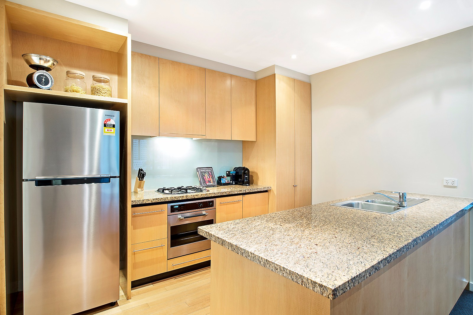 994-Clarendon-Towers-2-bedrooms-accomodation-Southbank