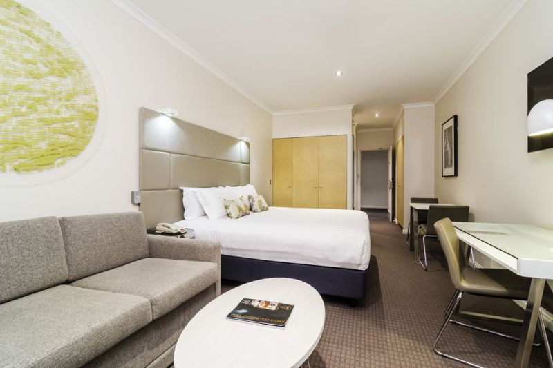 169-Clarion-Suites-Gateway--accomodation-Melbourne-CBD-Clarion Suites Gateway-2-One Bedroom Suite-419