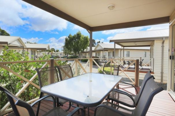 204-Discovery-Holiday-Parks-accomodation-Kalgoorlie-Discovery Parks - Kalgoorlie-3-2 Bedroom-474