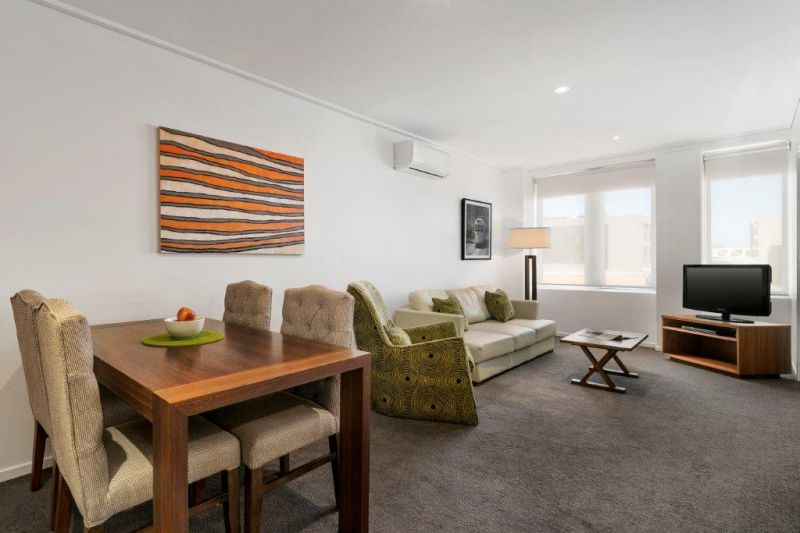 222-Holqueen-Enterprises-P/L--accomodation-East-Melbourne-Jolimont Apartments-2-1 x Queen-529