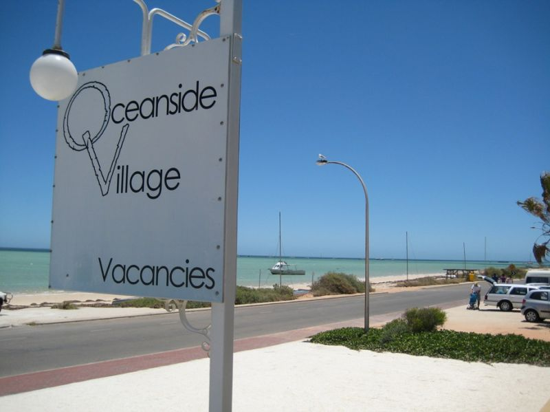 72-Champion-Board-Games-accomodation--Oceanside Village-2-1BR Seaview Villa-151