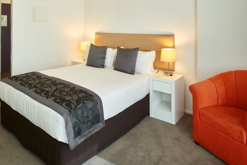 224-Ideal-Suites-Pty-Ltd-accomodation-Melbourne-CBD-Pegasus Apartment Hotel-2-1 Bedroom Apartment-533