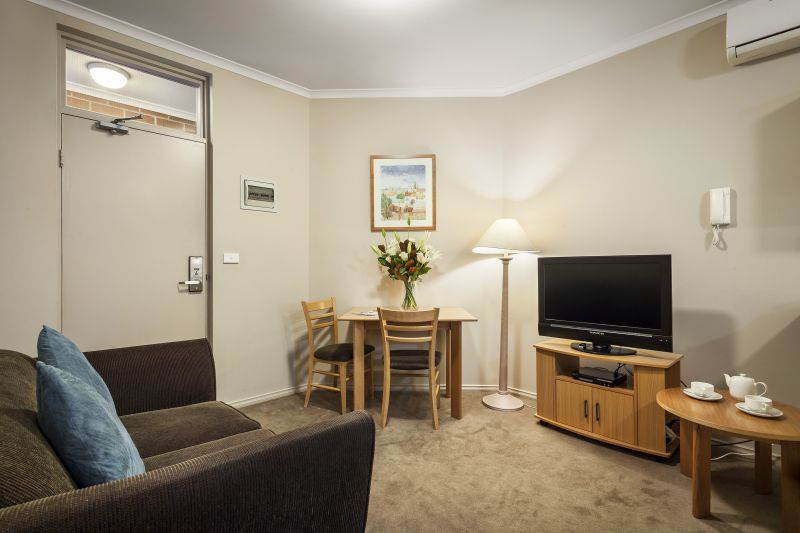 90-Quest-Windsor-Serviced-Apartments-accomodation-Prahran-Quest Windsor Apartments-2-One Bedroom Serviced Apartment-191