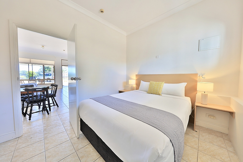 293-COAST-Motel-and-Apartments-accomodation-Port-Noarlunga-South