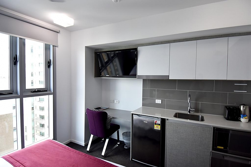 362-H-on-Mitchell-Street-Apartment-Hotel-accomodation-Darwin-CBD