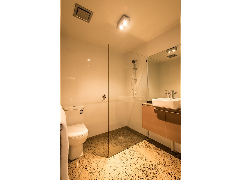 295-Golden-We-Australia-accomodation-Glen-Waverley