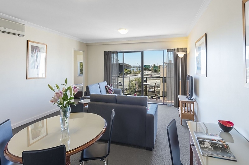 114-Mounts-Bay-Waters-Apartment-Hotel-Pty-Ltd-accomodation-Perth-CBD