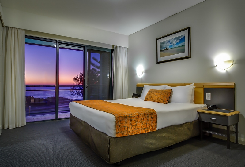 87-AJS-Management-accomodation-Sorrento-Quality Resort Sorrento Beach-2-1 Bedroom Spa Suite-214