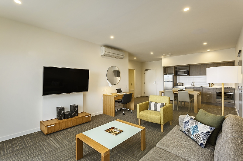 200-QEYRE-Pty-Ltd-accomodation-North-Ward-Quest Residences Townsville-3-2 Bedroom Apartment-466